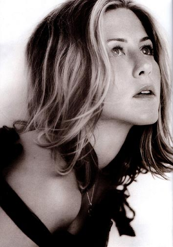jennifer aniston b04717131629.jpg