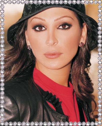 singer woman B047504123