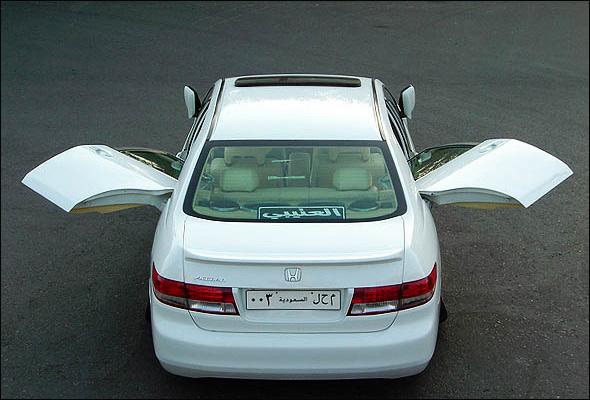 سيارةالهوندا اكورد.. b0694153627.jpg
