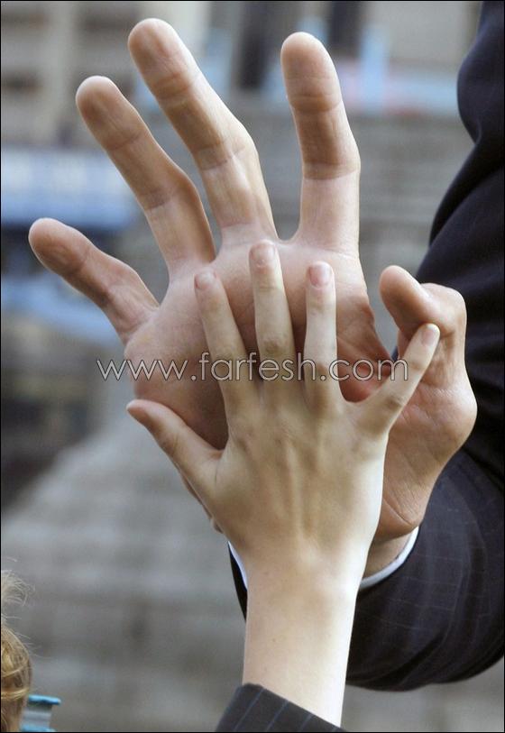 У парня 4 пальца 11 фотография