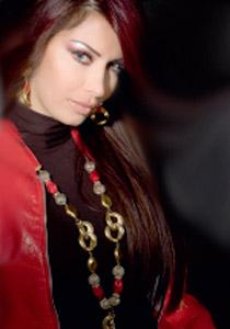 صورة رقم 4 - كريستينا صوايا: لقد تسرعت في الزواج..!