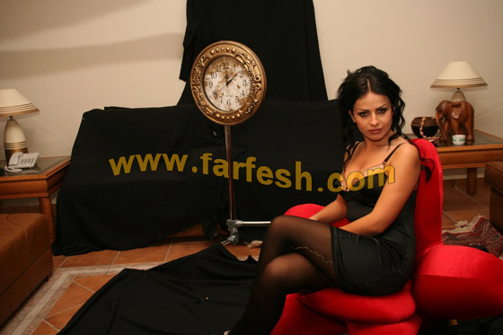 صورة رقم 5 - تحية وقبلة من الفنانة ليال عب ود إلى قر اء فرفش