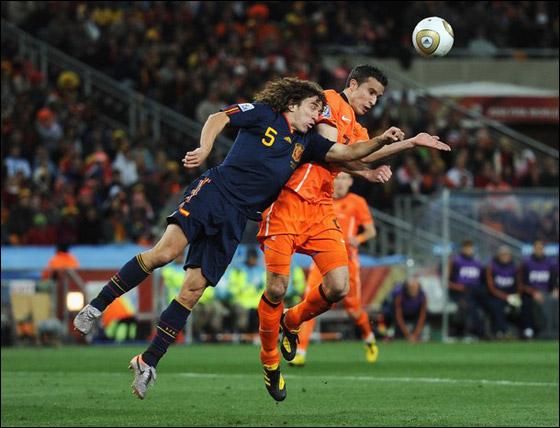 صورة رقم 12 - مونديال 2010.. بطلة العالم سج لت رقما قياسيا في أقل عدد أهداف!!