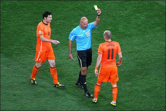 صورة رقم 4 - مونديال 2010.. بطلة العالم سج لت رقما قياسيا في أقل عدد أهداف!!
