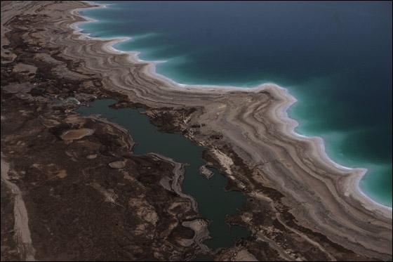 صورة رقم 4 - لا عجائب في العالم العربي مغارة جعيتا والبحر الميت