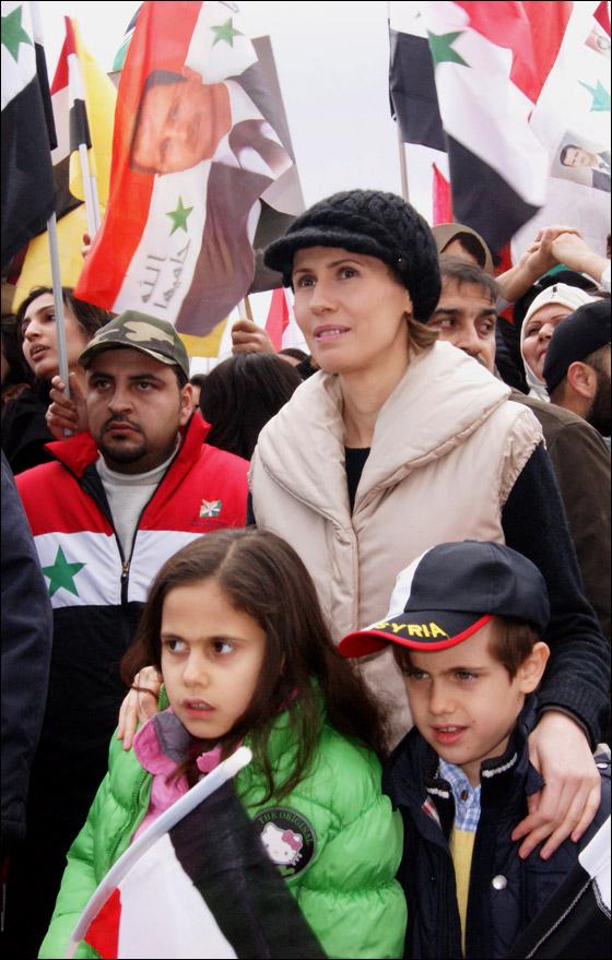 صورة رقم 7 - بعد صمت طويل.. أسماء الاسد تؤيد النظام في قمع الثورة السورية