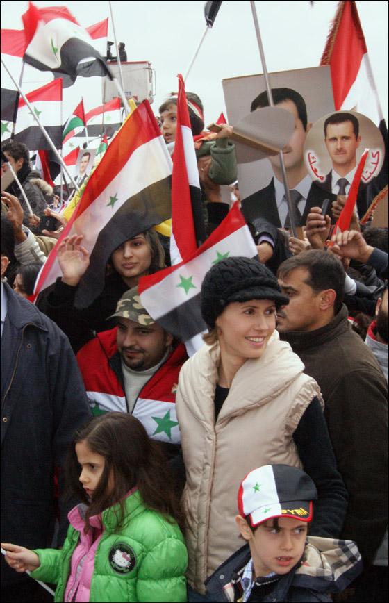 صورة رقم 6 - بعد صمت طويل.. أسماء الاسد تؤيد النظام في قمع الثورة السورية