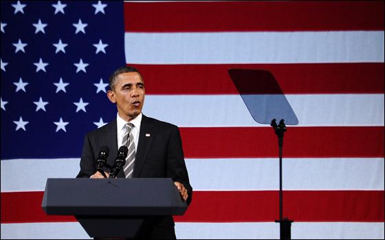 صورة رقم 3 - اوباما يفاجئ الجميع بغنائه العفوي خلال حفل لجمع التبرعات!