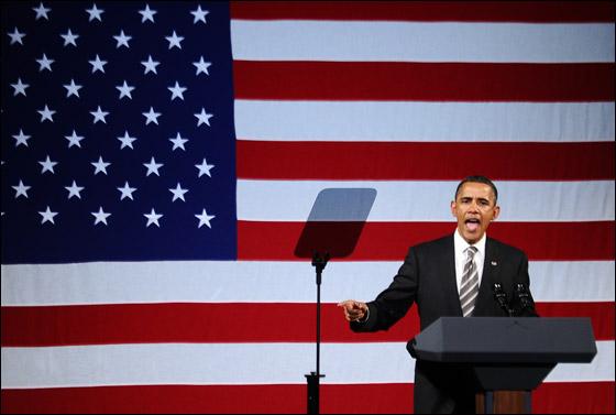 صورة رقم 6 - اوباما يفاجئ الجميع بغنائه العفوي خلال حفل لجمع التبرعات!