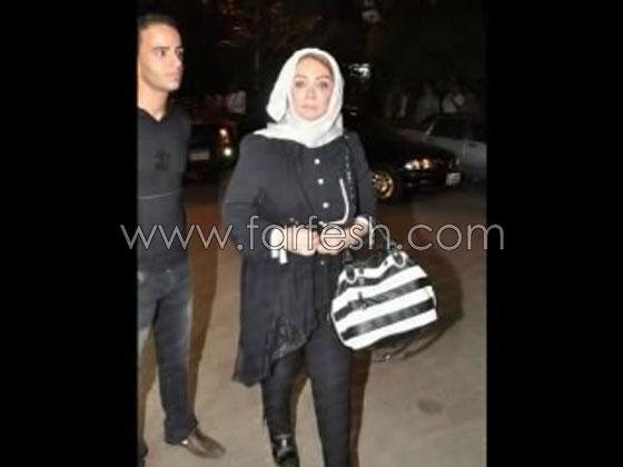 الفنانة شهيرة زوجة محمود ياسين تطل بقبعة تظهر شعرها وبدون حجاب صورة رقم 4