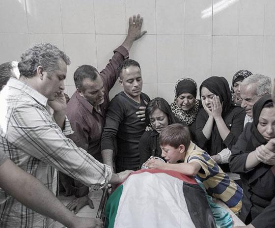 لقطات تصور اعدام جنود اسرائيل لشابين دون اي سبب صورة رقم 7