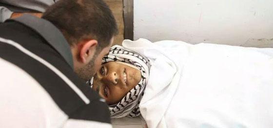 لقطات تصور اعدام جنود اسرائيل لشابين دون اي سبب صورة رقم 10