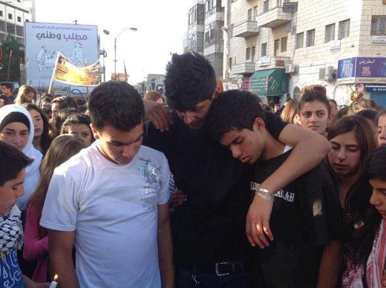 لقطات تصور اعدام جنود اسرائيل لشابين دون اي سبب صورة رقم 29