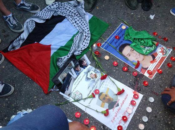 لقطات تصور اعدام جنود اسرائيل لشابين دون اي سبب صورة رقم 19