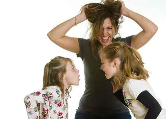 نتيجة بحث الصور عن عصبية الأم مع الأطفال ….. مشكلة لها حل!