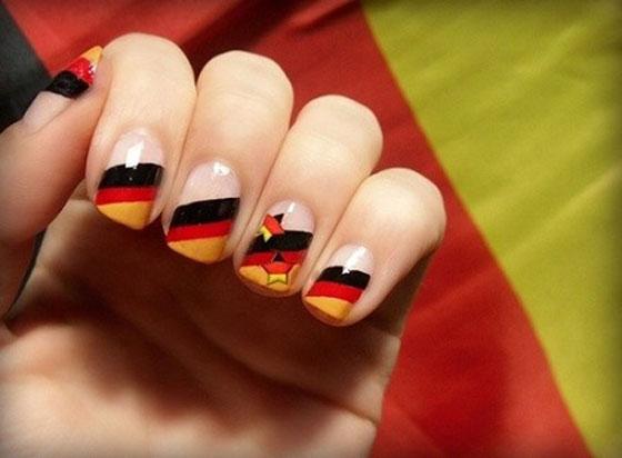 طلاء أظافر مستوحي مونديال البرازيل nails_18.jpg