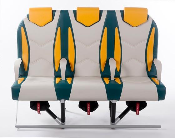 صورة رقم 1 - لهذا السبب تم تصنيع مقاعد خفيفة لطيفة لاستخدامها في الطائرات