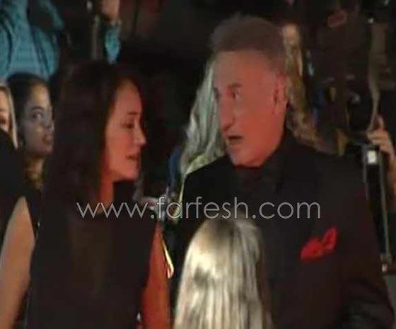فيديو وصور: سر الحسناء التي ظهرت مع عزت ابو عوف على السجادة الحمراء صورة رقم 2