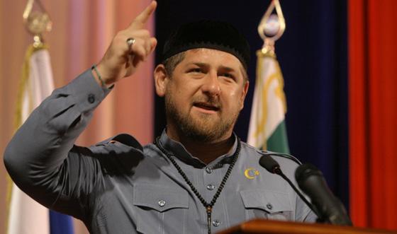 بعد ظهور أعراض كورونا عليه.. نقل رئيس الشيشان إلى موسكو صورة رقم 2