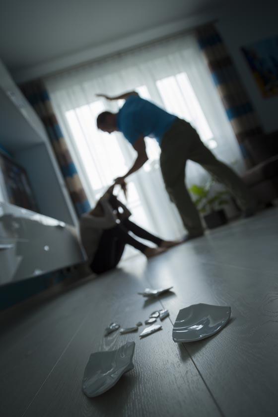 صورة رقم 2 - كيف كنت تتصرف لو علمت ان في بيت الجيران يمارس العنف؟