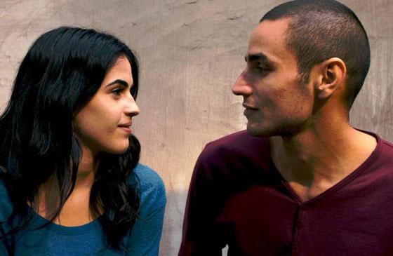 صورة رقم 4 - قبلة في فيلم فلسطيني تتسبب بطرد معلم.. هل انت مع ام ضد؟