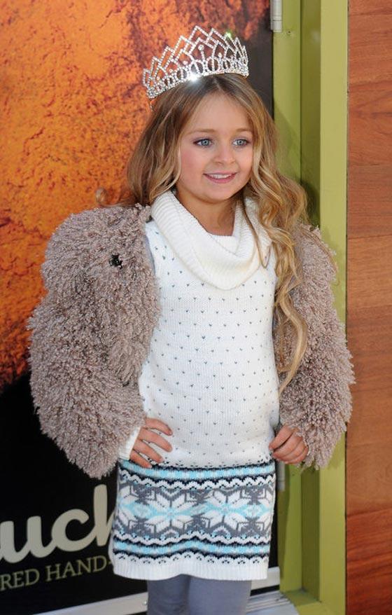 صورة رقم 10 - اصغر سيدة اعمال.. طفلة 9 سنوات جنت الملايين من عروض الازياء