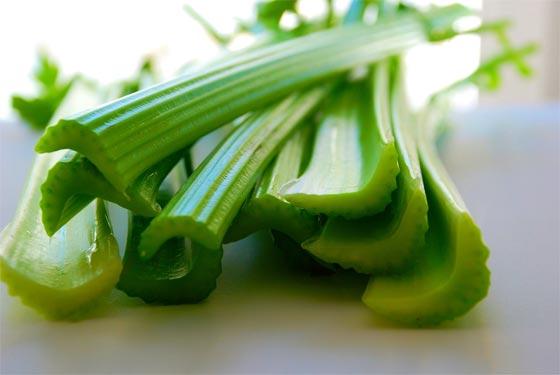 صورة رقم 4 - اليكم 20 غذاء تشعل نار العلاقة الحميمة.. منها البصل والبطيخ