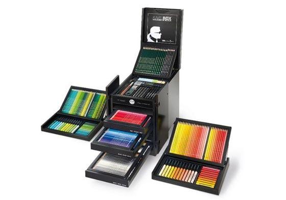 صورة رقم 7 - للمصممين والفنانين: صندوق (كارل) من دار شانيل للازياء بـ3000 دولار!