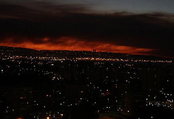 صورة رقم 27 - عجز اسرائيل في مواجهة الحرائق حجب ثقة عن نتنياهو الذي يؤثر النباح على العرب