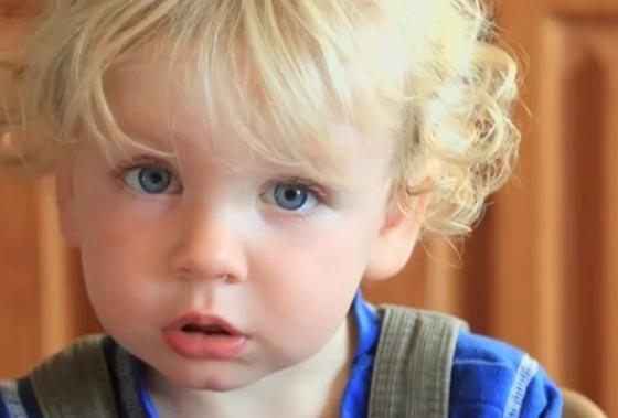 صورة رقم 2 - هذه مخاطر نشر صور الأطفال بمواقع التواصل.. احذروها!