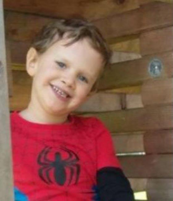 صورة رقم 2 - طفل فرنسي في الخامسة عوقب حتى الموت لانه تبول في فراشه!