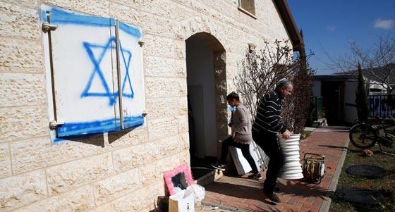صورة رقم 6 - الكنيست يصادق على قانون يتيح للمستوطنين سرقة اراضي فلسطينية!