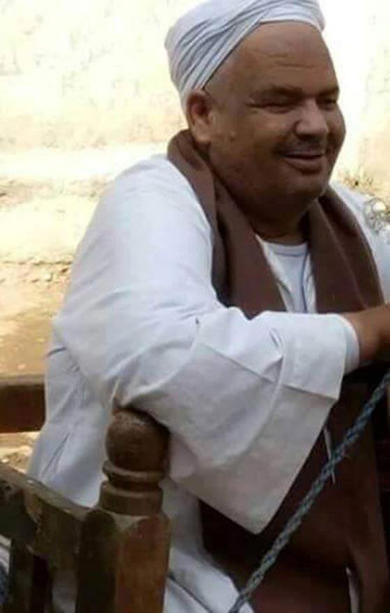 صورة رقم 1 -  اغرب من الخيال: شيخ مصري عاش في قبره 35 يوما بعد دفنه!