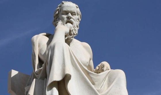 صورة رقم 3 - 10 اباطرة وفلاسفة وحكام نالوا شهرة عظيمة وقتلهم السم.. صور