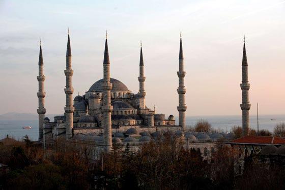 صورة رقم 1 - صور أكبر وأجمل 40 مسجدا في العالم الإسلامي