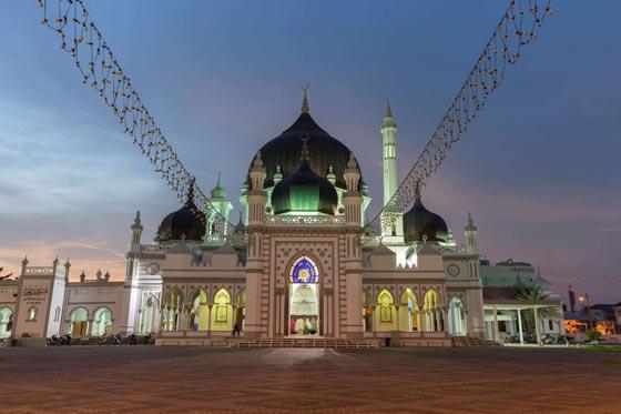 صورة رقم 13 - صور أكبر وأجمل 40 مسجدا في العالم الإسلامي