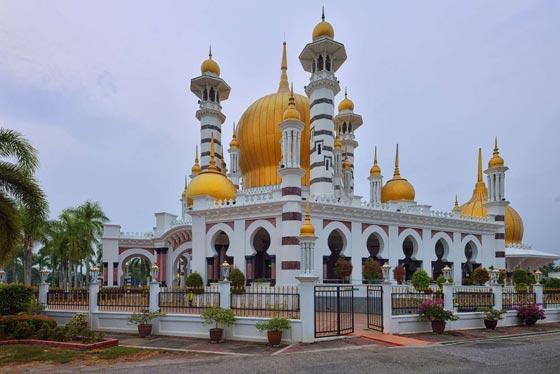 صورة رقم 25 - صور أكبر وأجمل 40 مسجدا في العالم الإسلامي