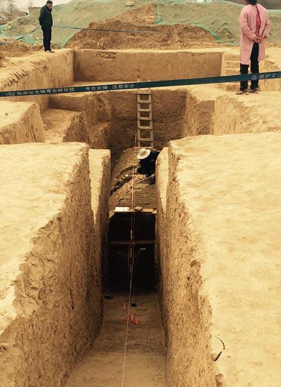 صورة رقم 3 -   ما هو سر المقبرة الغريبة هرمية الشكل التي تم اكتشافها في الصين؟