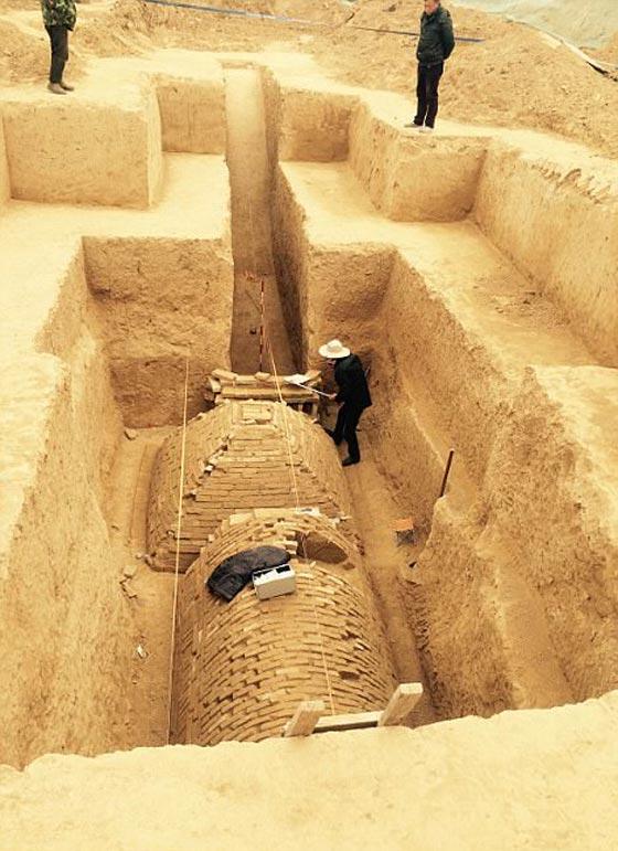صورة رقم 4 -   ما هو سر المقبرة الغريبة هرمية الشكل التي تم اكتشافها في الصين؟