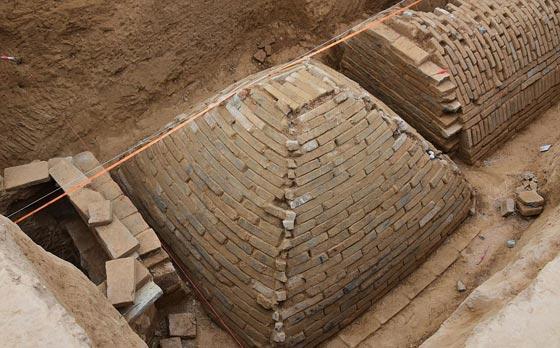 صورة رقم 1 -   ما هو سر المقبرة الغريبة هرمية الشكل التي تم اكتشافها في الصين؟
