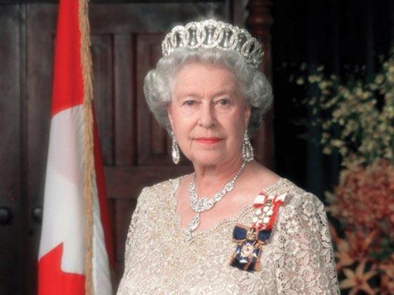 صورة رقم 5 - شيفرات ترسلها الملكة اليزابيث من حقيبتها لفريق عملها.. تعرف عليها