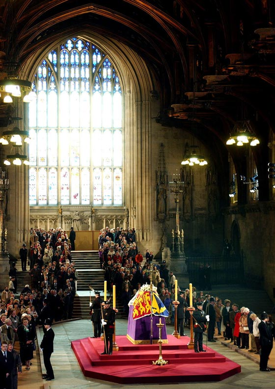 صورة رقم 3 - هذا ما سيحدث في بريطانيا فور وفاة الملكة إليزابيث