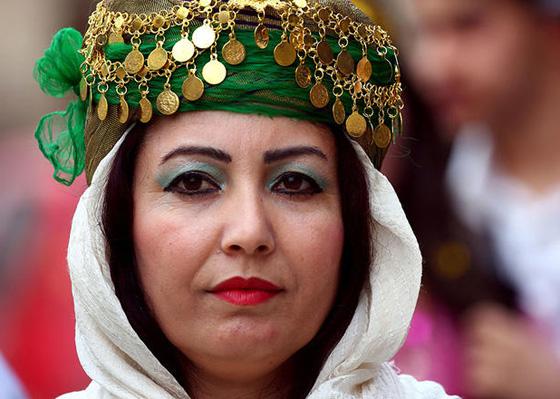 صورة رقم 4 - للمرة الأولى في سوريا..عرض للأزياء الكردية التقليدية