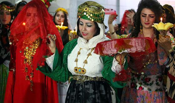 صورة رقم 5 - للمرة الأولى في سوريا..عرض للأزياء الكردية التقليدية
