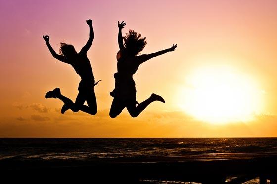 صورة رقم 6 - تقرير السعادة: الإمارات هي أسعد الدول عربيًا والدنمارك الاسعد عالميًا