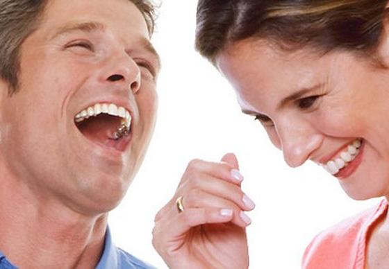 كيف تعرف شخصيتك من ضحكتك؟ وماذا تعني ضحكة اديل في لغة الجسد؟ صورة رقم 2