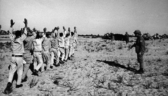 ليفي اشكول اراد طرد العرب الى البرازيل وشبّه عبد الناصر بهتلر! صورة رقم 9
