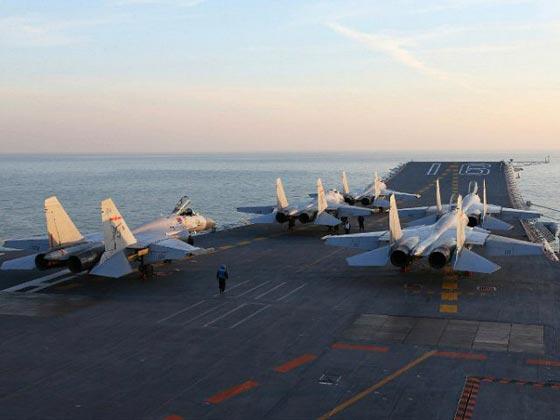 اليابان تدفع بمقاتلاتها الحربية بعد توغل صيني في مياهها الاقليمية صورة رقم 1