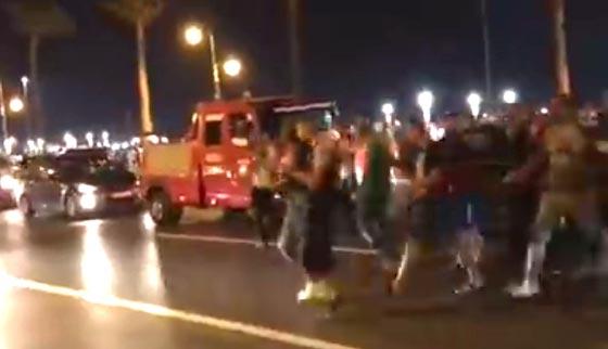 القانون غائب!! تحرش جماعي همجي ومقرف بفتاة تسير في الشارع بطنجة صورة رقم 2