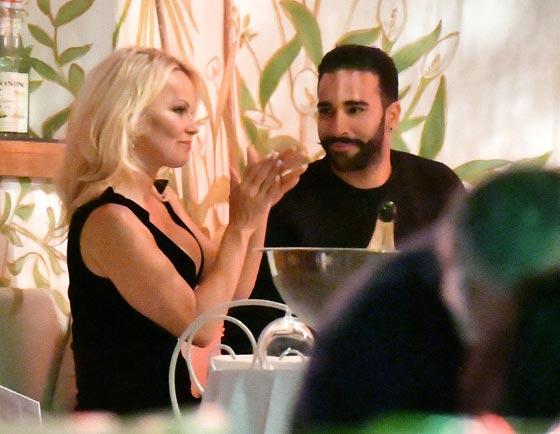صورة رقم 3 - علاقة باميلا اندرسون وحبيبها المغربي عادل رامي تتصدر الصحف العالمية!